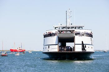 nantucket-ferry-approach-350x233